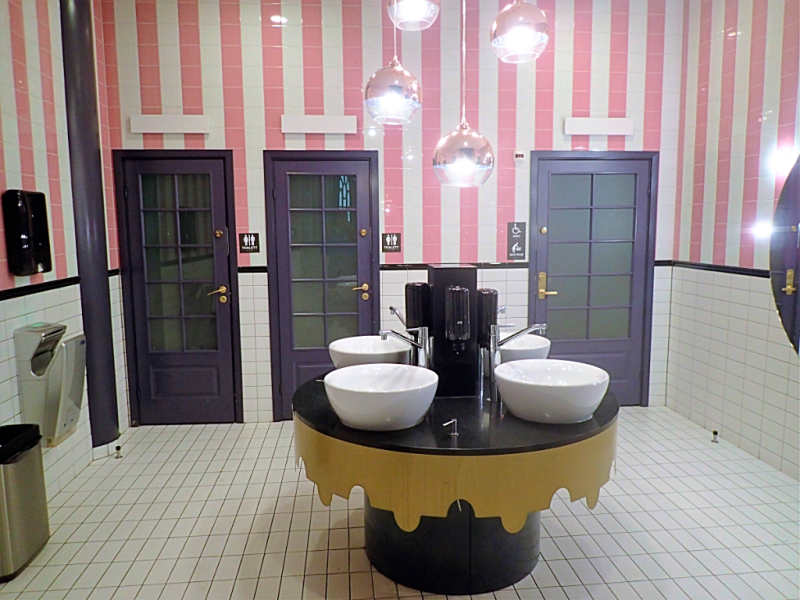 Sweden-stockholm-unisex-toilets #atwhk