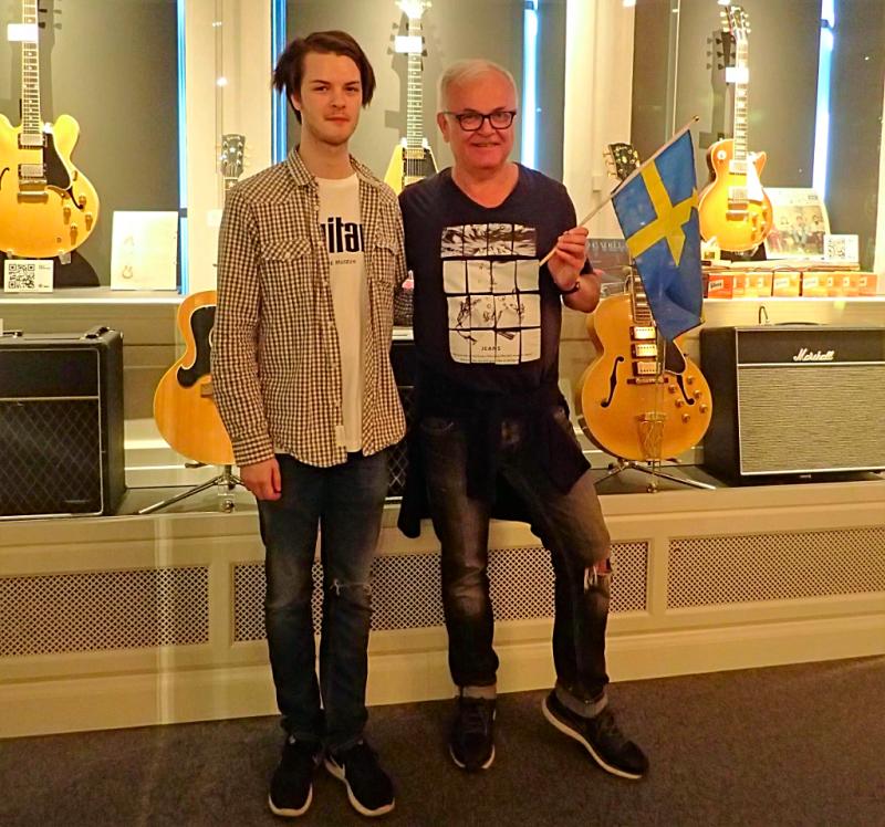 Sweden-#visitumea-guitar-museum (31)