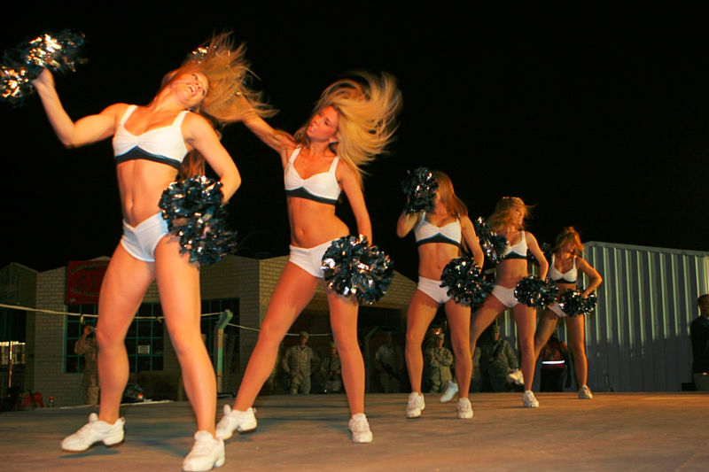 Philadelphia Eagles-Cheerleaders-Unison