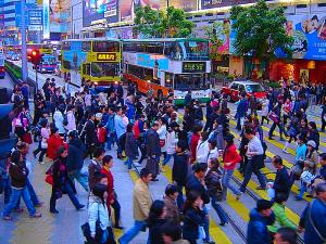 Hong-kong-causeway-bay-crosswalk