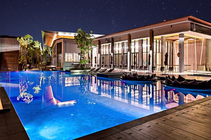 dusitD2 khao-yai-hotel-swimming-pool