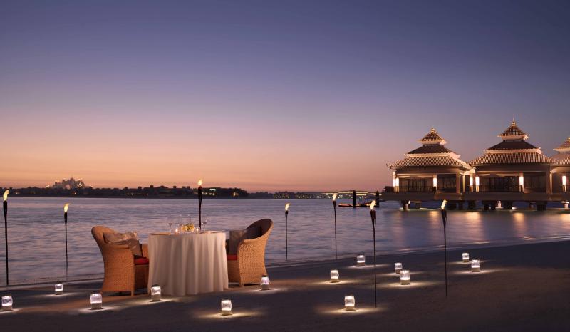 Uae-dubai-tourism-hotel-anantara-Dining-by-Design