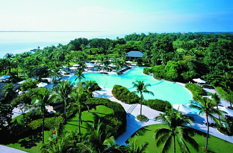 Shangri-la-mactan-cebu-resort-credit-www.accidentaltravelwriter.net