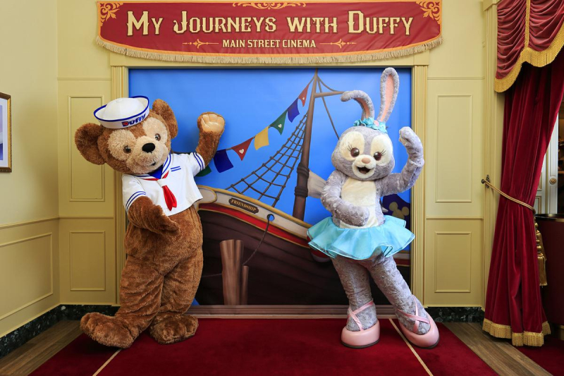 Hong-kong-disneyland-duffy-and-stella-lou-9