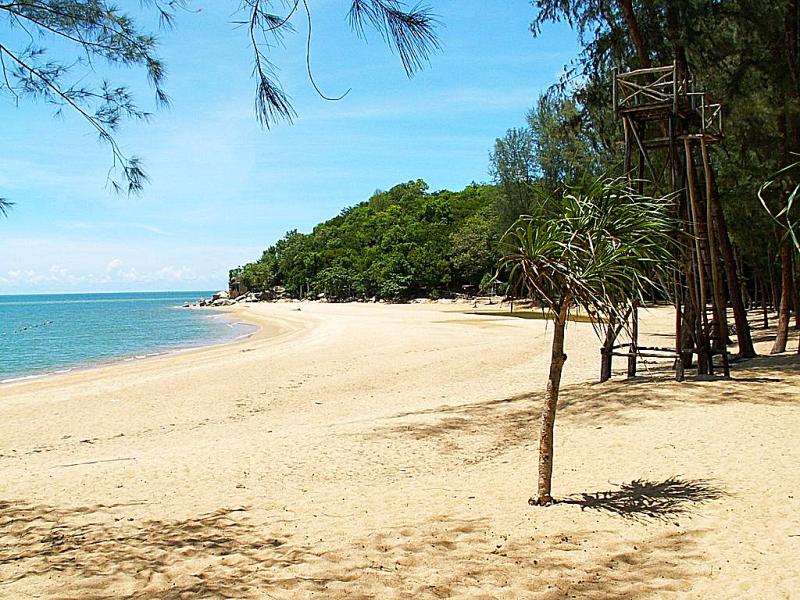 Thailand-beach-ao-manao-narathiwat