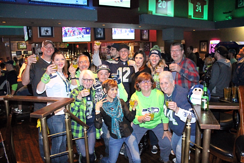 Nfl-seattle-seahawks-common-interest-sports-bar-5
