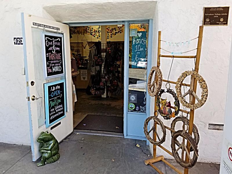 Sonoma_County-Sonoma-arts-and-crafts-store