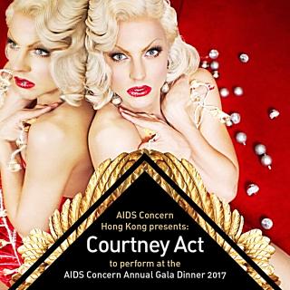 Hong-Kong-hotel-Langham-entertainer-drag-queen-Courtney-Act