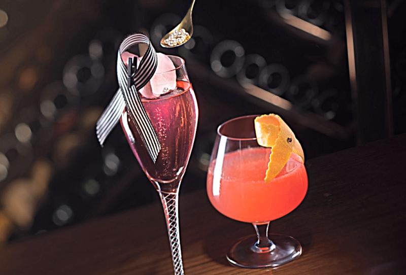 Langham-Hong-Kong-Artesian-Bar-cocktails