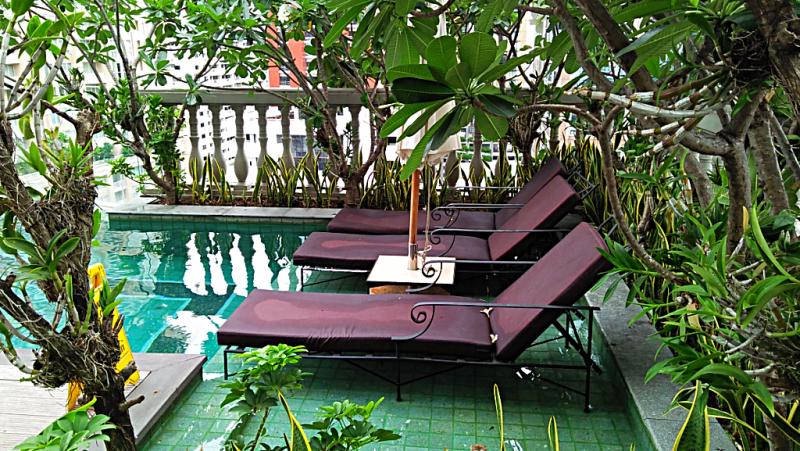 Thailand-bangkok-hotel-muse infinity-swimming-pool