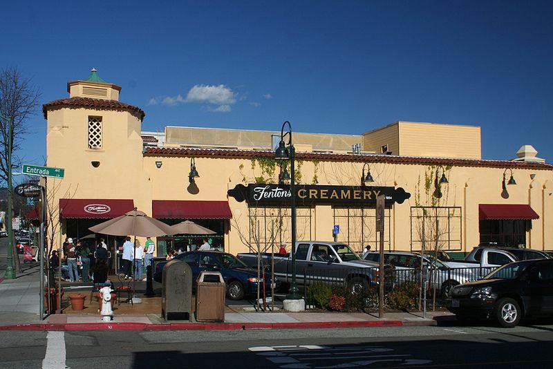 USA-Oakland-restaurant-Fentons_Creamery_Credit_© David Corby