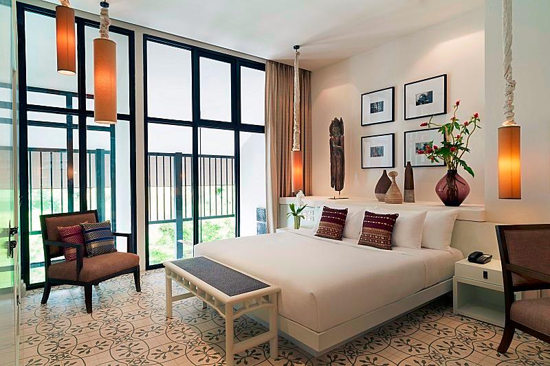 Image-of-hotel-room-at- MANATHAI-Surin-Phuket-Thailand