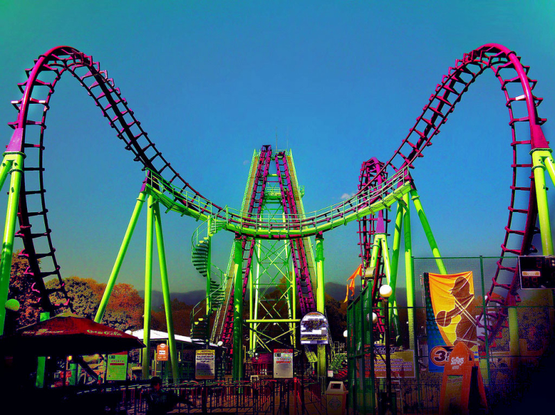 Mexico-six-flags-credit-cohete-verde