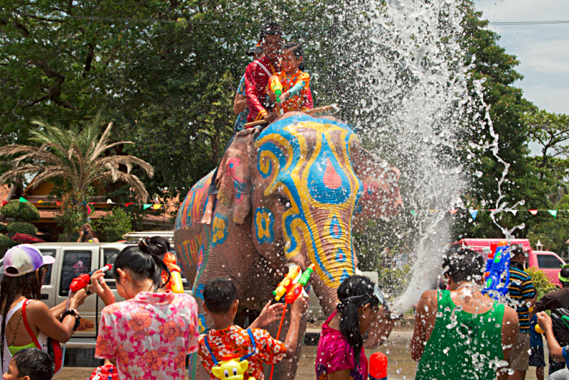 Thailand-image-of-Songkran-Festival_in_Ayutthaya-by-RR-Harrison