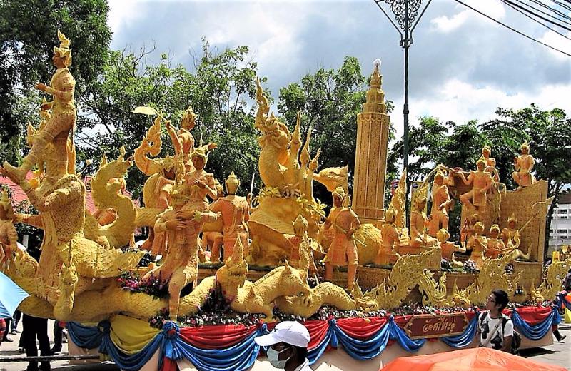 Thailand-Candle-Festival-Ubon-Ratchathani-credit-Plenz