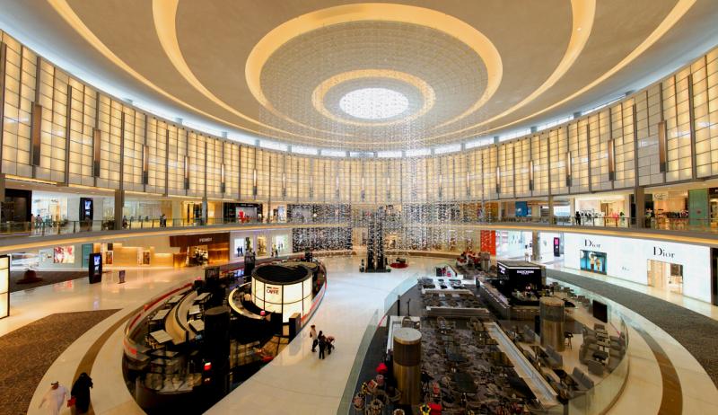 Uae-dubai-tourism-Dubai-Mall-Fashion-Avenue