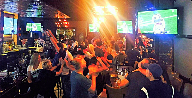 nfl-frankies-downtown-dallas-texas-sports-bar