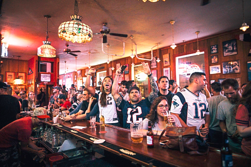 Nfl-new-england-patriots-connectivut-yankee-san-francisco-1