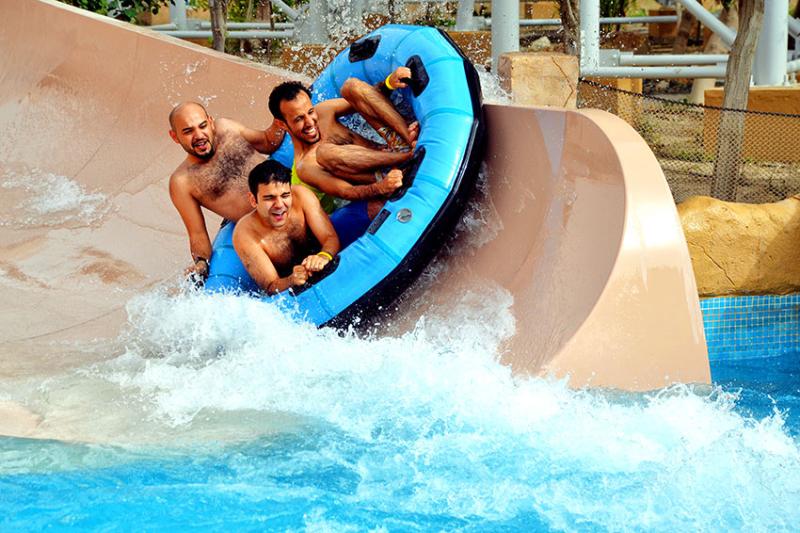 Bahrain-water-park-slide