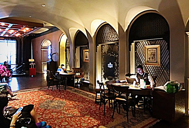 Thailand-bangkok-hotel-muse lobby