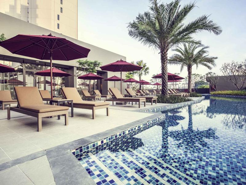 Thailand-pattaya-hotel-mercure-swimming-pool