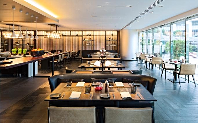 Hong-Kong-Flint Grill & Bar - Dining Area and Open Kitchen