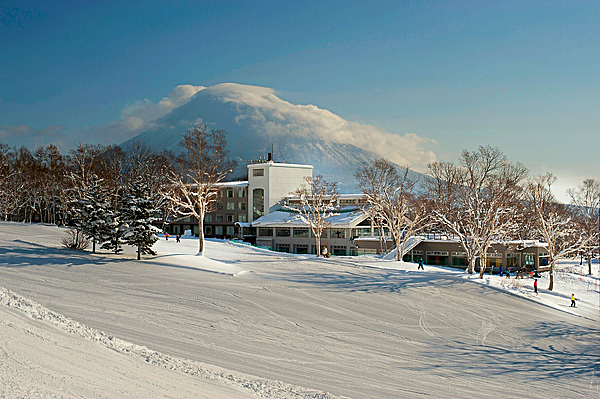 image-of--green-leaf-niseko-village