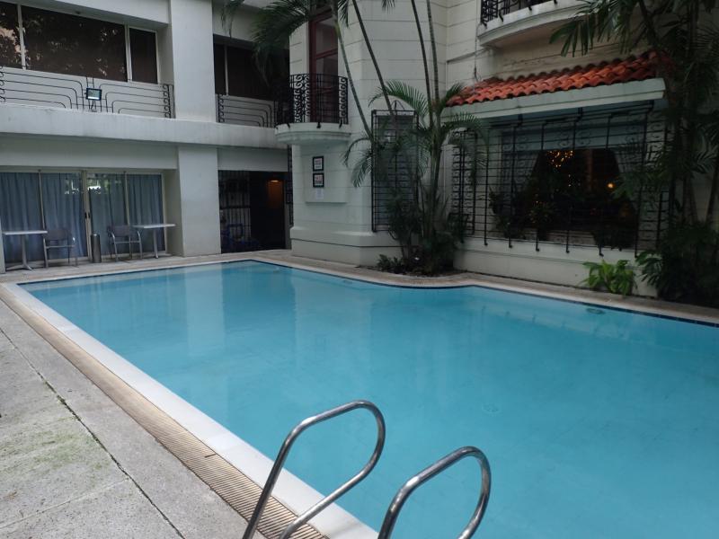 Philippine-orchid-garden-suites (17)