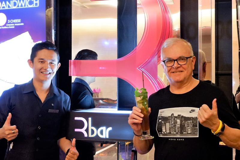Thailand-bangkok-bar-rbar-8