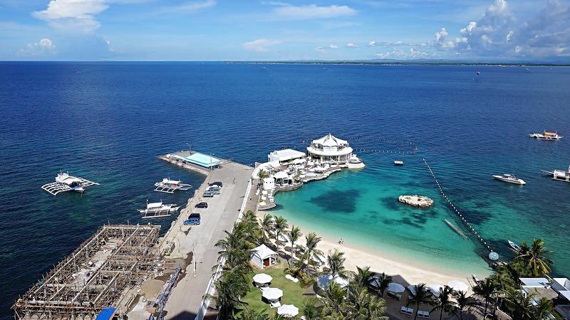 movenpick-resort-hotel-cebu-philippines-credit-www.addicentaltravelwriter.net