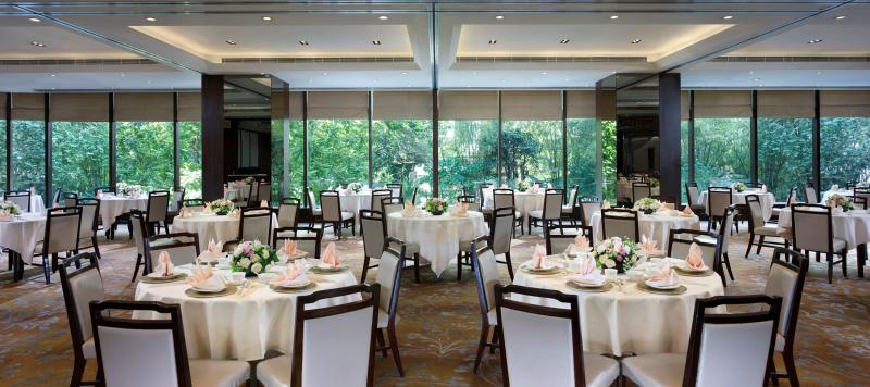 Hong-kong-restaurant-yue-dining-room-City-Garden-Hotel