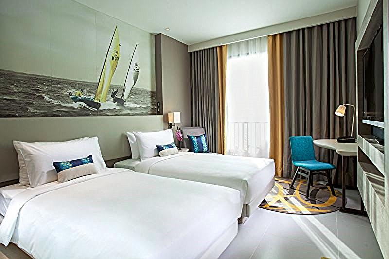 Thailand-pattayahook-mercure-hotel
