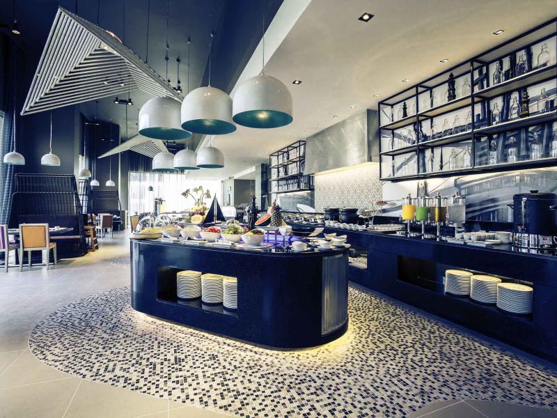 Thailand-pattaya-hotel-mercure-restaurnt-molten
